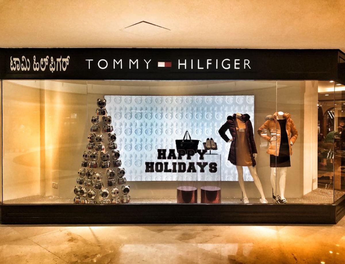 Tommy Hilfiger Happy Holidays Window