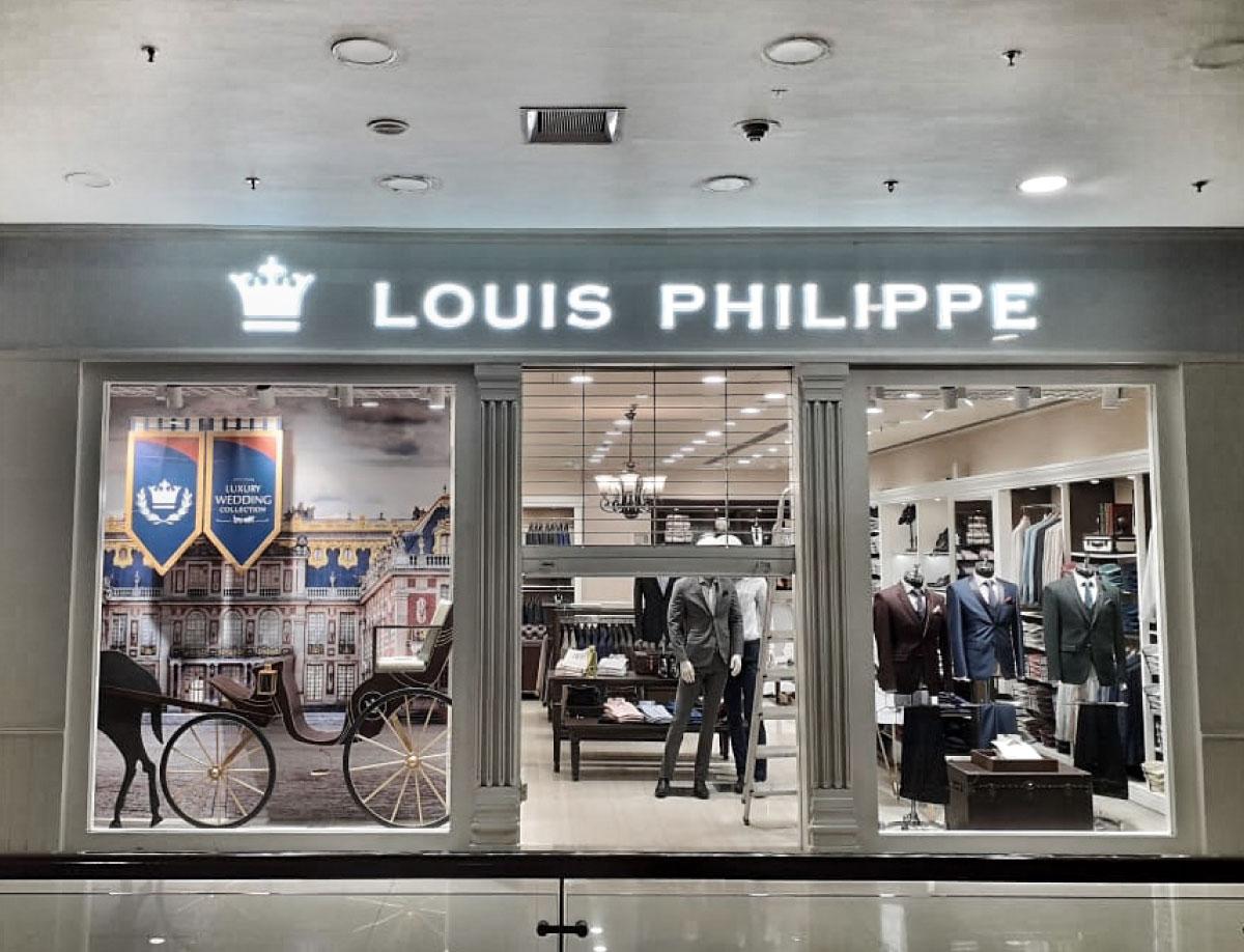 Louis Philippe Wedding Window Display